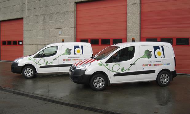 Stadsbestuur Koopt Twee Elektrische Bestelwagens Aan Stad Diksmuide